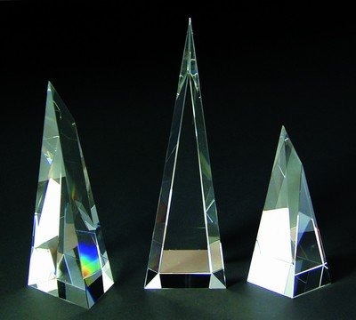 Victory Tower Crystal Award - Large ()