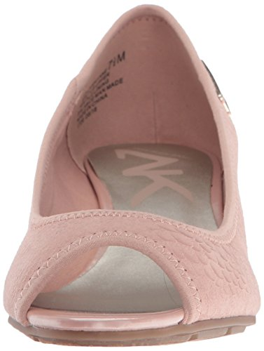 Anne Klein Sport Mujeres Camrynne Tela Cuña Bomba Rosa Claro