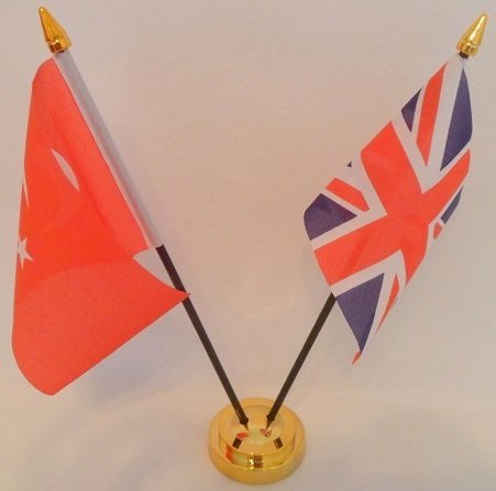 Turkey Turkish Union Jack 2 Flag Friendship Desktop Table Centrepiece Flag Flags With Gold Base Ideal For Party Conferences Office Display