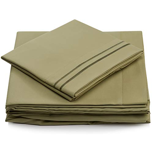 Queen Size Bed Sheets - Sage Green Luxury Sheet Set - Deep Pocket - Super Soft Hotel Bedding - Cool & Wrinkle Free - 1 Fitted, 1 Flat, 2 Pillow Cases - Light Green Queen Sheets - 4 Piece