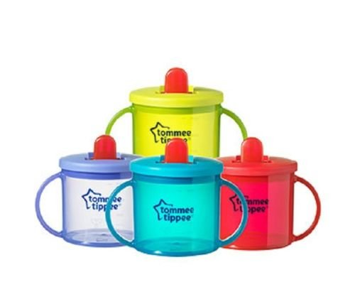 First Cup Essentials free flow from Tommee Tippee Age 4m+ 190ml (green)