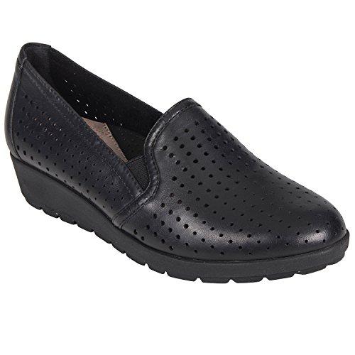 Earth Juniper (Earth Shoes Juniper Women's Black 7.5 Medium US)