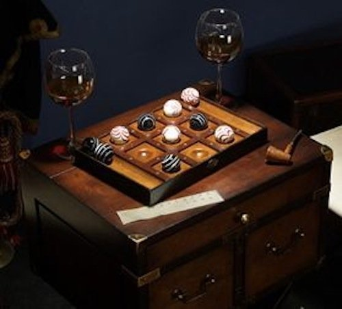 (Authentic Models Venetian Tic-Tac-Toe Game by Authentic Models )