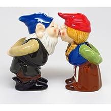 Gnomes Attractives Salt Pepper Shaker Made of Ceramic