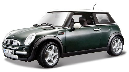 Mini Cooper With Sunroof Green 1/18 by Maisto 31656