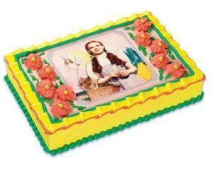 Amazon Com Wizard Of Oz Dorothy Edible Cake Topper Kitchen Dining