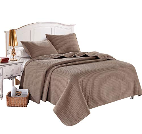 Twin Taupe Solid Color Box Stitch Quilted Bedspread Coverlet 68 by 86 inches plus 2 Standard Shams 20 by 26 inch Hypoallergenic Reversible Bed Cover for Homes,Hotels,Motels, Rentals 4 lbs