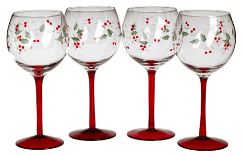 Hand Painted Winterberry Wine Glasses Set of 4 - ChristmasTablescapeDecor.com