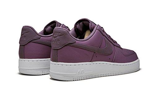 Nike Air Force 07 Premium (7.5)