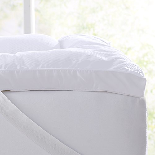 Extra Thick Hypoallergenic Mattress Pad. Breathable Down Alternative Featherbed. 2-Inch Thick Mattress Topper. Fits Mattresses up to 18 Deep (Queen)