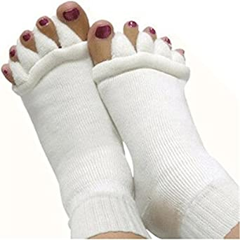 Alice Windowshop Yoga Toes Separator Socks 2 Pairs Packed White and Black