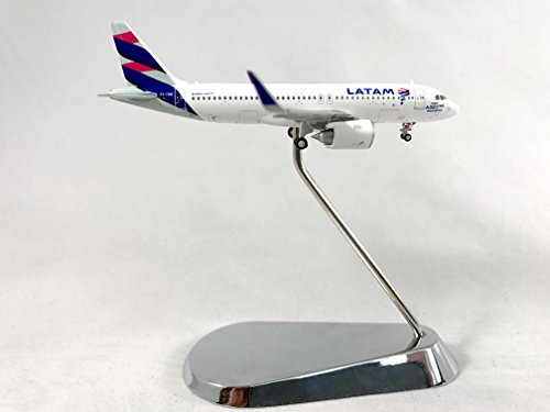 Geminijets Latam Airbus A320neo Diecast Airplane Model Pt Tmn With Chrome Stand 1 400 Scale Part  Gjlan1611