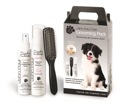P10034 Grooming Pack, 3 Pieces ()