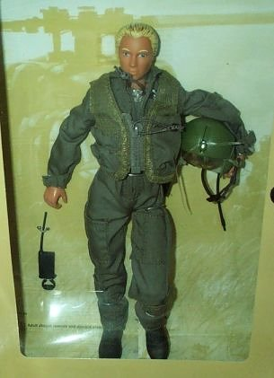 Gun Army Classic (G.I. Joe Classic Collection GI JANE Doll MIB US Army Helicopter Pilot)