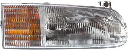 Crash Parts Plus Right Passenger Side Headlight Head Lamp for 1995-1997 Ford Windstar ()