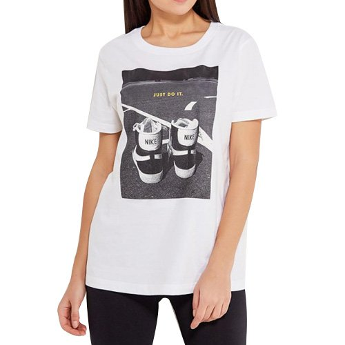 Nike W Nsw Tee Ftwr Camiseta de manga corta, Mujer: Amazon.es: Deportes y aire libre