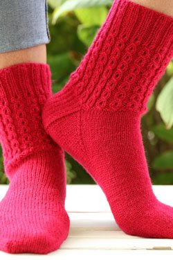 Plymouth Happy Feet 100 yarn Mock Cable Socks Knit Kit - ROSE RED ()