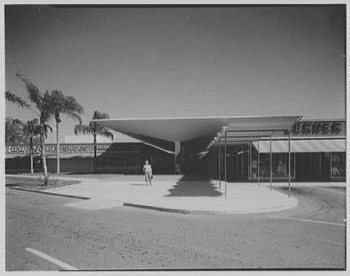 Photo: Cortez Plaza Shopping Center,Bradenton,Florida. Mall,head - Bradenton Mall