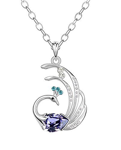 Crunchy FashionThe Blue Peacock Pendant Necklace for women