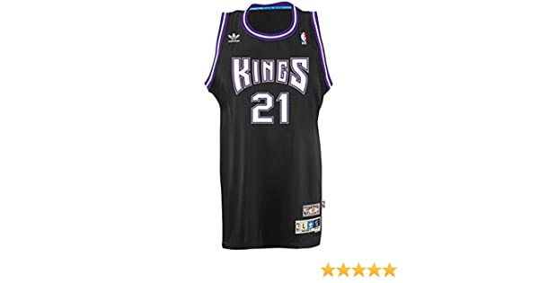 7b8469f6 Amazon.com : Vlade Divac Sacramento Kings Adidas NBA Throwback Swingman  Jersey - Black : Sports & Outdoors