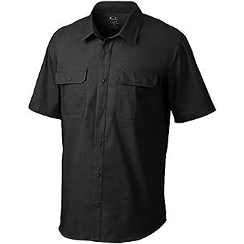 45f5686c36 Amazon.com  Oakley Mens Essential Button Up Short-Sleeve Shirt X ...
