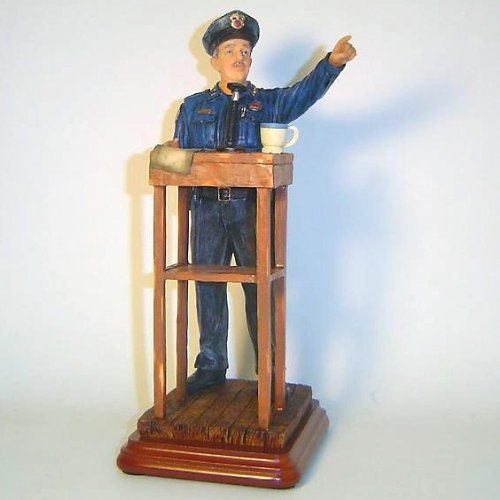 Beyond the Call : Policeman Statue Figure Morning Briefing