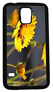 Blueberry Design Galaxy S5 Case yellow Leaves Design with Bees on it - Ideal Gift