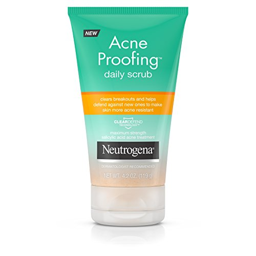 Neutrogena Acne Proofing Daily Facial Scrub with Salicylic Acid Acne Treatment, Exfoliating and Cleansing Face Wash, Oil-Free, 4.2 oz (Best Cleanser For Back Acne)