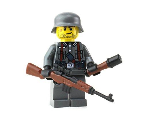 Battle Brick German G43 WW2 Soldier (SKU78) Custom Minifigure