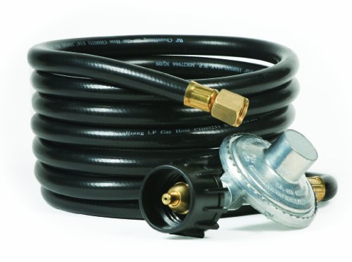 Camco Low Pressure Gas Regulator with 12' Hose 70,000 BTUs/Hr Simple and Quick Install - Use with Low Pressure Gas Fired Heaters ()