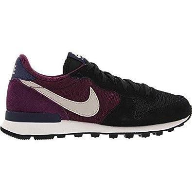 Nike Internationalist Moda