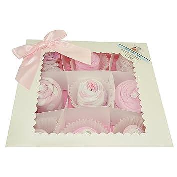 Amazon.com: NYC bebé dulces 19pc Deluxe caja de pijama para ...
