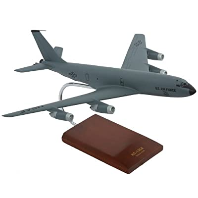 Mastercraft Collection KC-135A Stratotanker Scale: 1/100