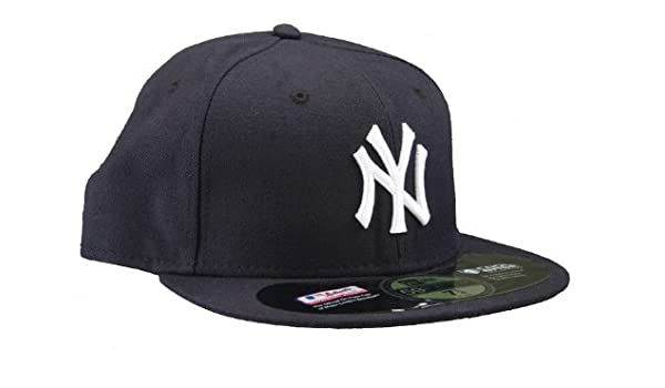 aa04d6af9d1500 Amazon.com: NEW ERA 59 Fifty NY Yankees Inaugural Season Fitted Hat:  Clothing
