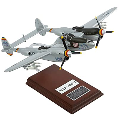 "Mastercraft Collection Lockheed P-38J ""Putt Putt Maru"" Model Scale:1/32"