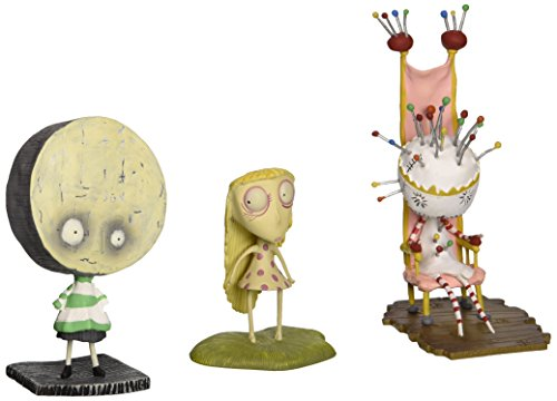 Dark Horse Deluxe Tim Burton PVC Set #4: Pin Cushion Queen for $<!--$16.50-->
