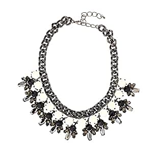 Just Showoff Women's Alloy Floral Necklace