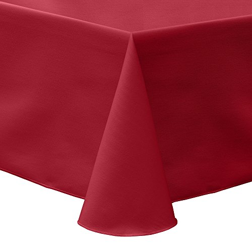 Ultimate Textile Poly-Cotton Twill 52 x 70-Inch Oval Tablecloth Red