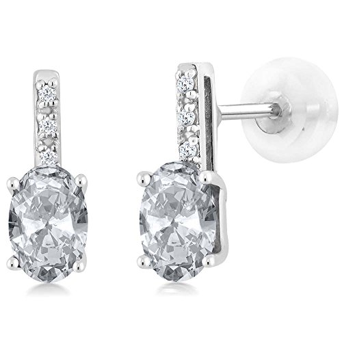 Gem Stone King 14K White Gold Oval White Topaz Stud Diamond Women's Stud Earrings 1.03 Cttw 6X4mm -