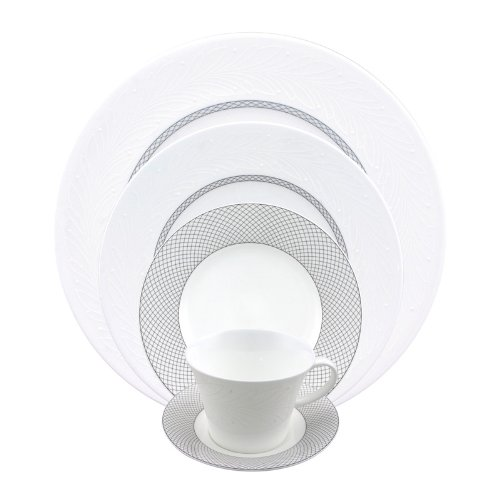 (Nikko Neoclassic Wreath #12730 5 Pc Place Setting(s) )