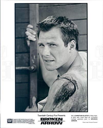 (Vintage Photos 1996 Press Photo Actor Christian Slater in Film Broken Arrow - rkf4923)