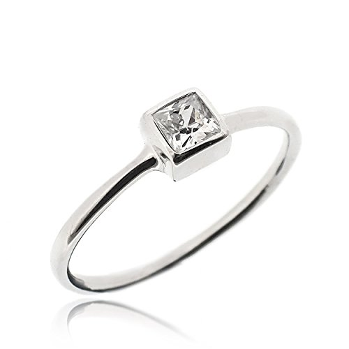 SOVATS Classic Solitaire Square Ring For Women Set With White Cubic Zirconia 925 Sterling Silver Rhodium Plated - Tarnish Resistant Comfort Fit Wedding Engagement Ring Band, Size 7