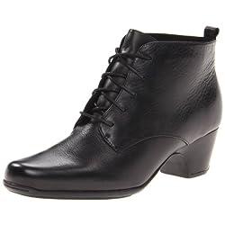 Clarks Women's Leyden Bell Boot
