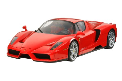 - Tamiya 300012047 – 1: 12 Scale Enzo Ferrari Assembly Kit