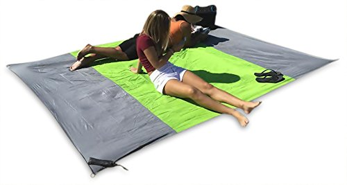 SAND AWAY Outdoor Compact Blanket Bigger