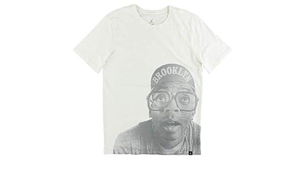 aeb955fd2495 Jordan AJ 4 GOTTA BE THE SHOES TEE mens athletic-shirts 850421 at Amazon  Men s Clothing store