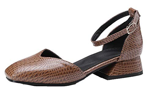 VogueZone009 Women Solid Low-Heels PU Closed-Toe Buckle Sandals Brown
