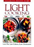 Favorite Brand Name Light Cooking, Publications International, 0785300805