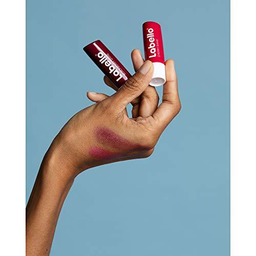 Labello Lippenpflege Set bestehend aus Cherry Shine, Blackberry Shine, Wild Rose sowie Lips2kiss Rosy Nude, Geschenk-Box in der Form von Lippen, (2 x 5,5 ml & 2 x 3,3 ml)