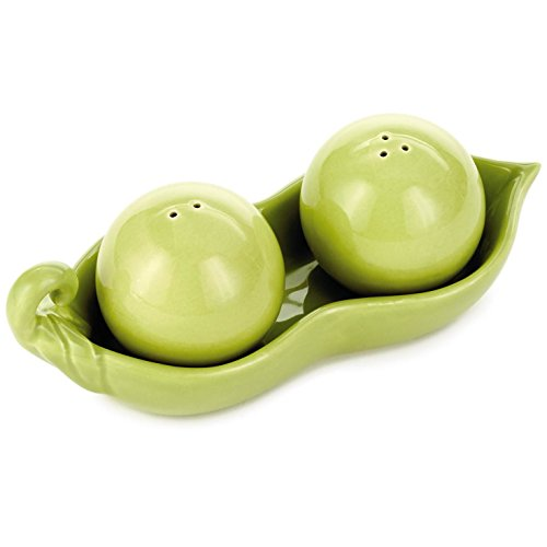 Peas in a Pod Salt and Pepper Shakers, Set of 2 Kitchen Accessories Eat & Drink (A Shakers In Salt Pod Pepper And Peas)